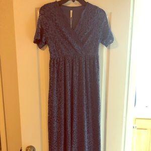 NWT Navy Lace Maternity Dress size medium